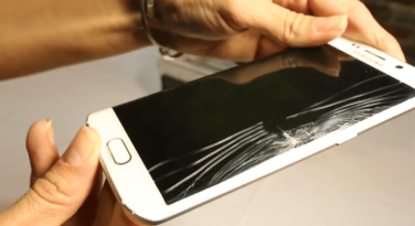 samsung-galaxy-s6-edge-cracked-screen-problem